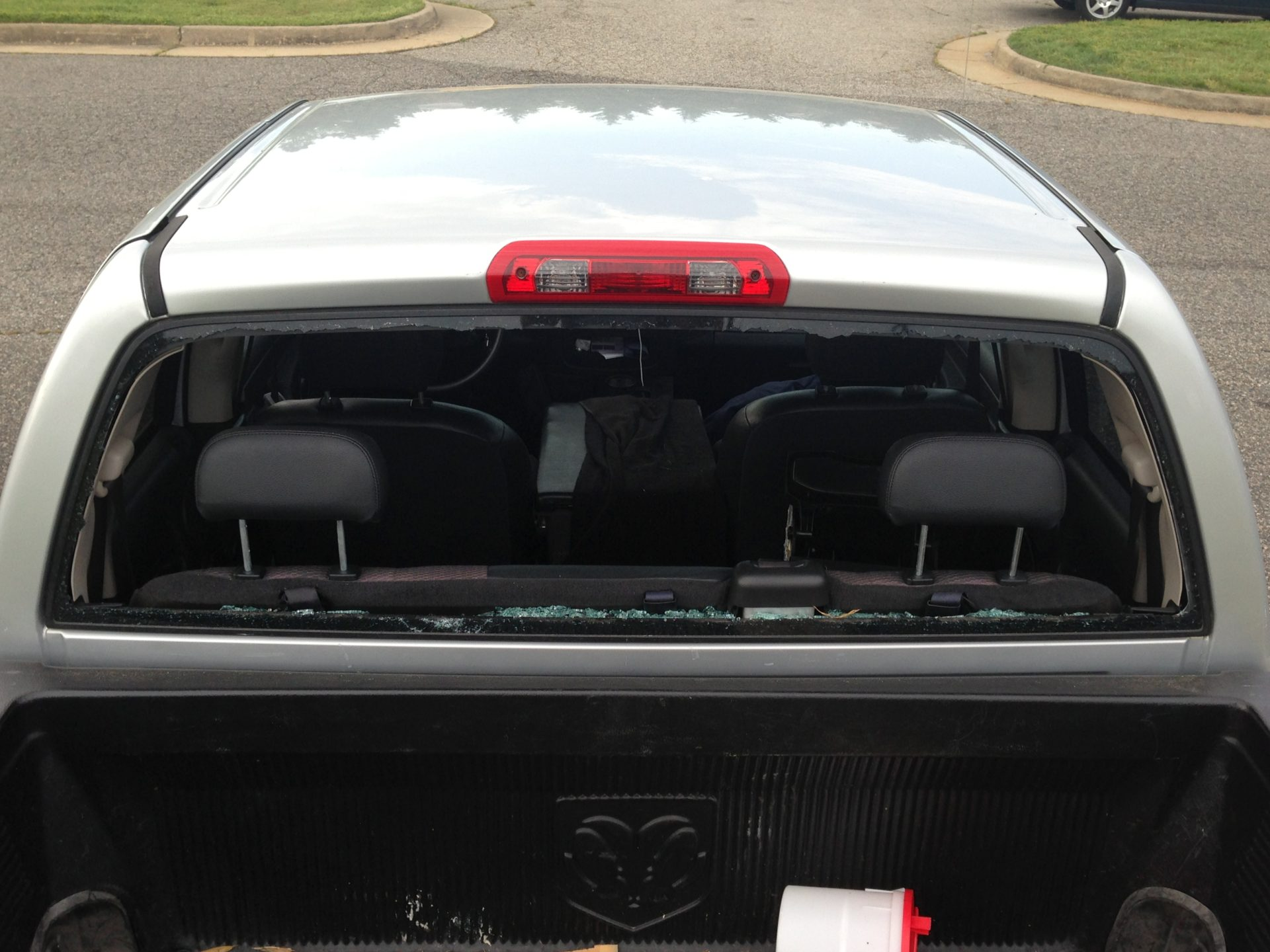 Auto Glass Repair Replacement Installation Ace Glass - Truck back window picture
