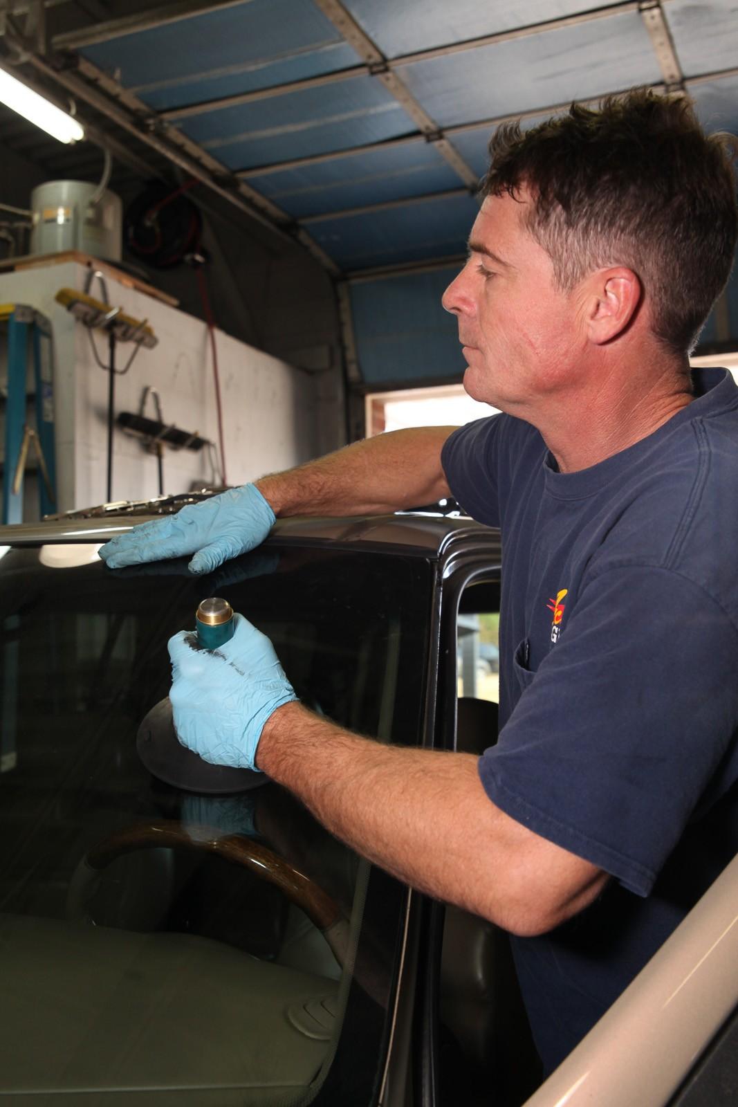 mobile auto glass repair in richmond  va