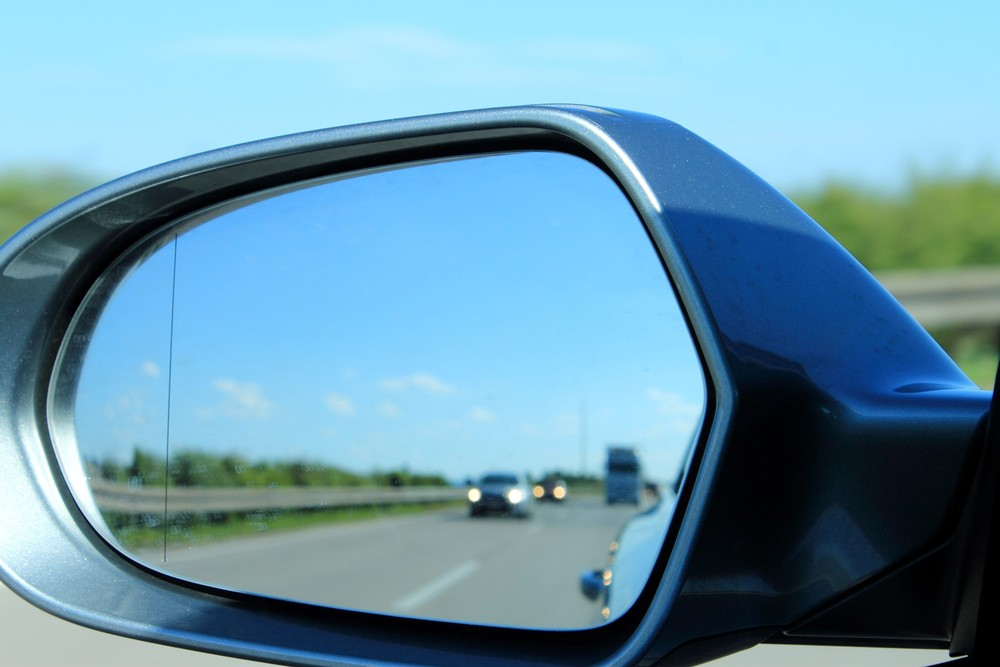 broken wing mirror glass - How To Remove Scratches From Glass
