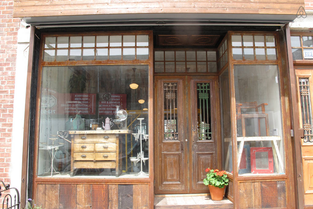 How Storefronts Have Changed In The Past 50 Years Ace Glass
